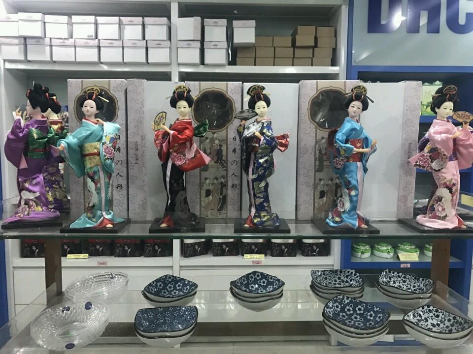 Búp bê phong thủy trang trí kiểu Nhật